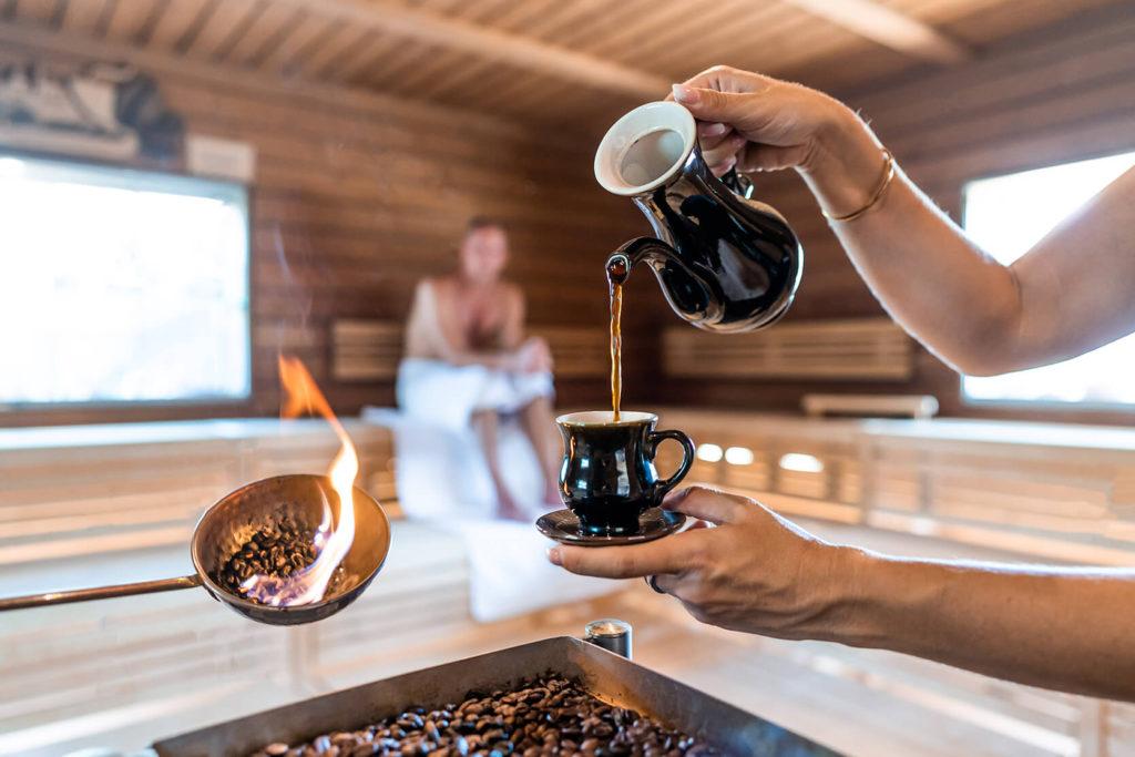 KAFFEE-STÜBCHEN-SAUNA (außen) ca. 90°C